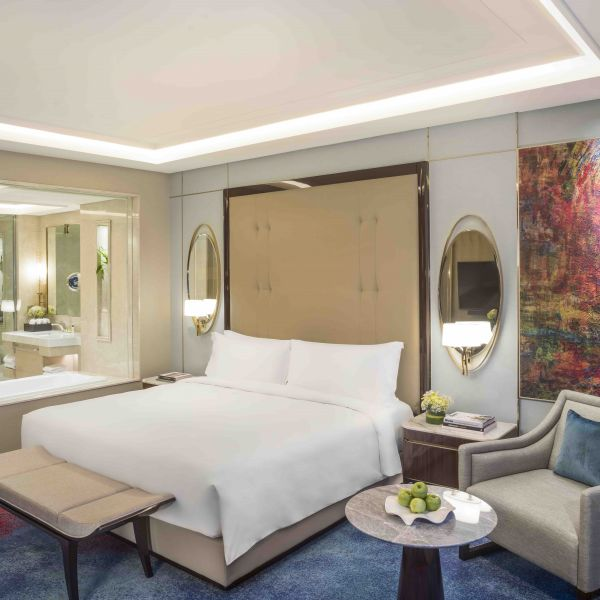 5 Star Hotel Room in Jakarta with Luxury Amenities