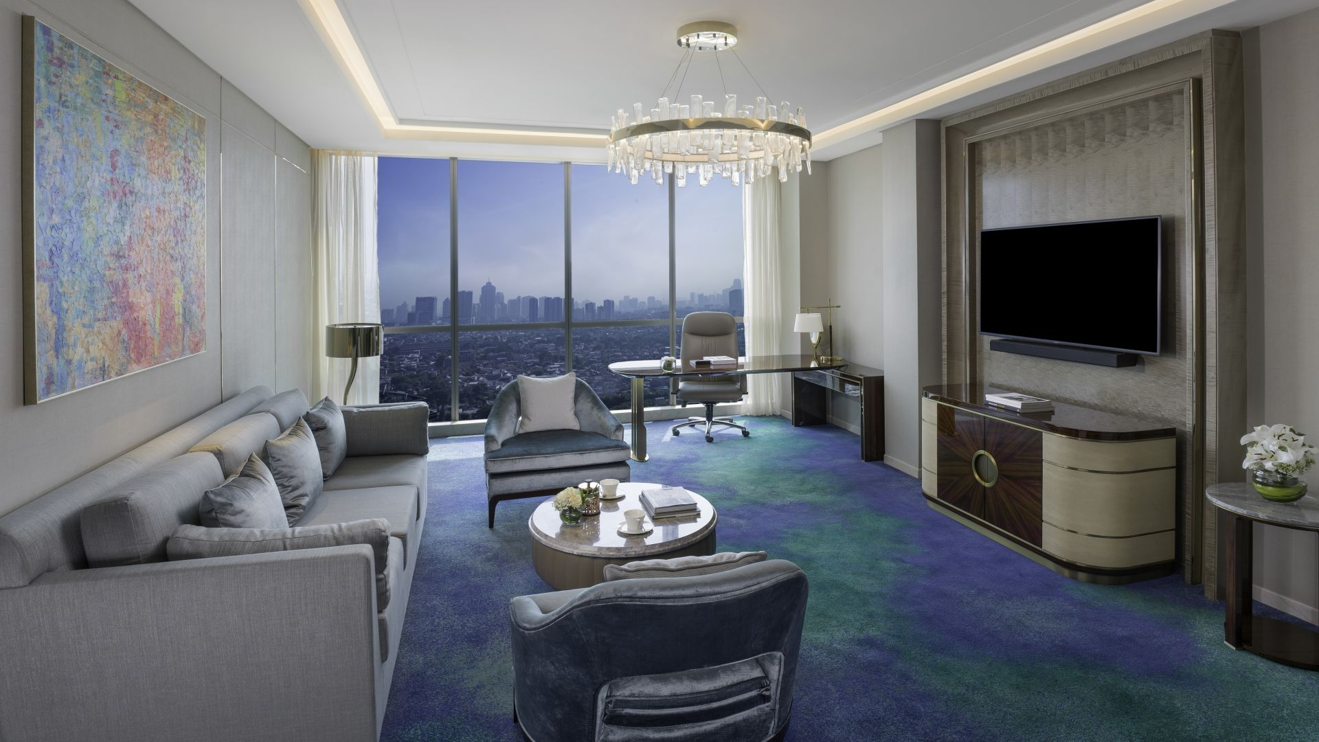| Club IntetrContinental Suite Living Room